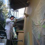 横浜市あざみ野にて外壁塗装 ~外壁の吹付塗装~